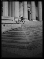 _A_DSC0935 copy (mingthein) Tags: life street new york city nyc light people blackandwhite bw usa monochrome america nikon availablelight 28mm streetphotography photojournalism pj coolpix ming available reportage onn thein photohorologer mingtheincom