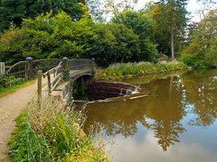 DSCN23485 (dkmcr) Tags: ripleycastle ripon yorkshire castle landscape scenery daytrip tourism outdoor heritage weddingvenue 27th september 2015 ripley lake reflection