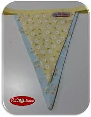 Bandeirolas em tons pastis para a Pool Party da Julia.  #atelipatcoutinho #feitoamoecomamor #bandeirinhas #poolparty #craft (PAT COUTINHO) Tags: feitoamoecomamor craft poolparty atelipatcoutinho bandeirinhas