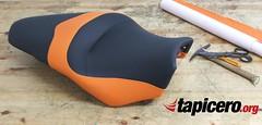 Tapizado asiento de moto VFR (Tapicero de motos) Tags: tapizarasientomoto tapizar tapizado tapicero vfr barcelona