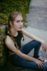 (Tc photography.Per) Tags: girl beauty teen model eyes naturallight germany style photoshoot hairstyle converse street portrait 50mm canon tcphotography