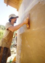 clay plaster - floating fiberglass stucco mesh (The Year of Mud) Tags: theyearofmud naturalbuilding cob clayplaster lightclaystraw berea kentucky southslopefarm