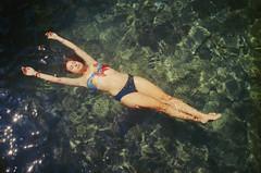 (Ferran  Tudela) Tags: ferran tudela nature summer floating kodak ultramax 400 canon a1 sure shot underwater