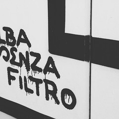Street Typo (Mireia Font) Tags: instagramapp square squareformat iphoneography uploaded:by=instagram moon