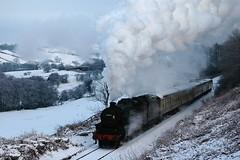 20051229    45212 (paulbrankin775) Tags: snowy 45212 stanier black5 five grosmont xmas 2005 br nymr north steam yorkshire moors railway train december 1in49 pickering