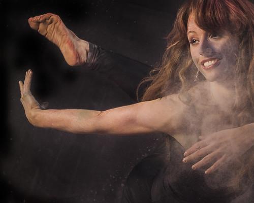 Dust Dancing Project (I): Keren