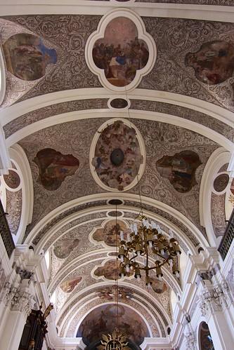 Sklepienie kolebkowe kościoła śś. Mikołaja i Franciszka Ksawerego w Otmuchowie
