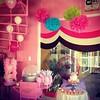 Hoy es día de fiesta privada, puedes conseguir docenas de cupcakes en @lemarche_ca !!! Te esperamos mañana DOMINGO para que vengas a tu tienda de cupcakes favorita a endulzar tu carnavales!!! #sweetcakesstore #lecheria #bakery #cupcakery #pinkstore #origi (Sweet Cakes Store) Tags: cakes square de cupcakes yummy fiesta candy y venezuela tienda cotton cupcake squareformat princesa azucar tortas algodon decoracion lecheria sweetcakes ponques iphoneography instagramapp xproii uploaded:by=instagram sweetcakesstore sweetcakesve