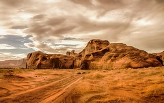 sandy road - Monument Valley - explore # 1 (Marvin Bredel) Tags: arizona utah sand rocks desert indian dry explore nativeamerican redrocks navajo monumentvalley americanindian oldwest americansouthwest coloradoplateau nativeamerica canoneosrebelt1i marvinbredel