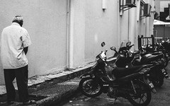 Pissing in the wind (A-FIQSTER) Tags: street leica blackandwhite 35mm photography voigtlander kuala f11 nokton lumpur leicam8
