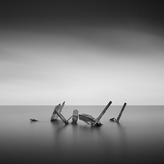 * courageous * (^soulfly) Tags: longexposure sunset cold seaside abandon simplicity southkorea minimalistic anchors ndfilter strongwind ef2470mm bwnd110 fingersnumb endwinter canon5dmarkii walgot