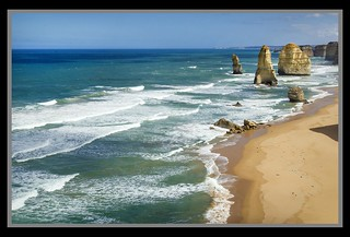Great Ocean Road Cliffs-Beach-12=