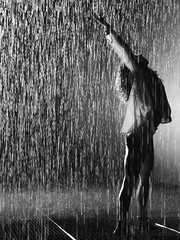Dancing in the Rain (failing_angel) Tags: london cityoflondon thecurve barbicancentre cripplegate barbicanestate randominternational rainroom 020313
