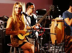 stereonesia jogaroos meri checking the uke (Meri Amber) Tags: musician woman girl female indonesia paul amber rehearsal guitar australian band singe