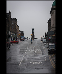 Edinburgh (flipr.uno) Tags: uk rain scotland edinburgh wetstreet hanoverst