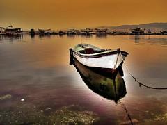 White (Metin Canbalaban) Tags: voyage trip travel sea vacation holiday reflection turkey boat trkiye deniz sandal izmir yansma kayk turkie trkie platinumphoto metincanbalaban