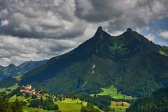 Gruyres (Meinrad Prisset) Tags: gruyres districtdelagruyre citmdivale cantondefribourg chteau swissmountains switzerland suisse schweiz swizzera alpes nikon nikond800 d800 afsnikkor2485mmvr captureone9