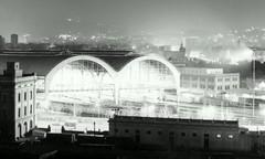 Octubre 1979, Cmara analogica  Canon Ftb, pelcula Kodak (uveiene) Tags: barcelona preolimpica estacin de francia avicaria barceloneta nocturnas street night