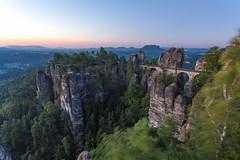 Elbsandsteingebirge mit Bastei (n_held_fotografie) Tags: bastei milchstrase milkyway nacht nachtaufnahmen sonnenaufgang sterne schsischeschweiz rathen sachsen deutschland de