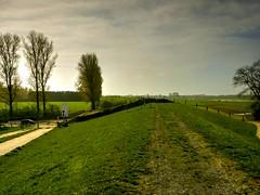 09Apr2011_0095 (Reinhard H) Tags: mommbach mehrum voerde gtterswickerhamm lippeverband eglv emschergenossenschaft qelltopf deichsanierung deich rhein ponton