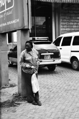 Waiting for (jhderojas) Tags: kenia nairobi street blackandwhite