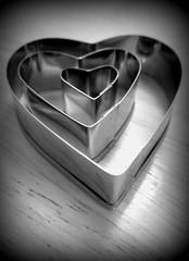 Hearts - Holga (unabassanese) Tags: bw cooking kitchen metal canon hearts table holga shapes surface valentine unabassanese mariaantoniettamarino