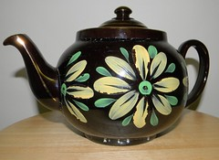 the old hand painted  Teapot (Dora 139) Tags: old antique teapot
