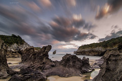 Less is more (Ahio) Tags: seascapes lee 12mm llanes cloudscapes marcantbrico cantabricsea buelna niksoftware elpicn smcpentaxda1224mmf40edalif pentaxk5 lightroom4 colorefexpro4
