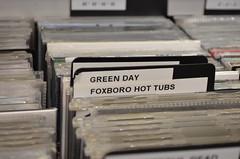 DSC_0765 (Peneelope) Tags: music white black macro green love disco nikon day cd band musica greenday d5100