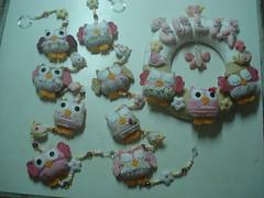 Móbile de cortina e guirlanda da Julia (tatiane_zoo) Tags: bebê feltro patchwork corujas tecido