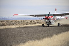 Aborted take-off (Marijn G) Tags: flying nikon desert aviation 206 idaho mission takeoff cessna gravel fellowship maf abort 70300 braking d600 tu206g