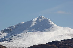Ben Lomond (Graham`s pics) Tags: park mountain snow feet landscape climb scotland highlands scenery view ben hill scenic scottish climbing national mountaineering loch lomond trossachs hilltop mountaineer munro thetrossachs scottishhighlands beinn metres inveruglas 3196 974 beinnlaomainn 974m laomainn 3196ft
