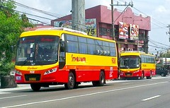 seeing double :) (bhettina limchu) Tags: highway daewoo sr starliner lawton 918 908 dasma cityliner aguinaldo bf106