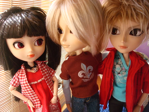 Kira, Yuki y James (Sweet home) 49