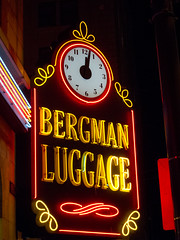 Neon Luggage (ahockley) Tags: seattle signs clock washington neon gnomedex neonsigns bergmanluggage
