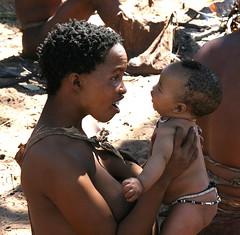 Bush35 (Roberto_ Leoni) Tags: africa trip travel people baby bush san adventure botswana namibia kalahari viaggio anthropology etosha okavango ethnicity bushmen antropologia caprivi etnico zambesi selfdrive etnia ethnc