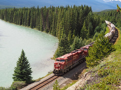 Canadian Pacific train heads east through Banff National Park (Wendy Cooper) Tags: 2016 banffnationalpark rockymountains castlemountain alberta train canadianpacificrailway cpr bowvalley bowriver railway