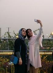 Selfie in Tehran - Love persians! (_EdG_) Tags: tehran iran persia girls beautiful tabiaatbridge roosari smiling