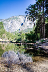 DSC_9975.jpg (Christsstar) Tags: camping landscape tree mercedriver reflection fb lengerawhile yosemitevalley yosemite slate cathedralbeach