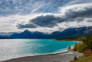 Abraham Lake, Elliot Peak