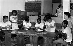 04/08/1982 Instituo Pestalozzi (Governo da Bahia (Memória)) Tags: instituo pestalozzi em ondina foto agecom govba governo estado bahia educação futuro humanização solidariedade carinho afeto assistencialismo arte arteducação deficiencia