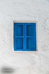 Blue window (Oddiseis) Tags: formentera balearicislands spain island ithak blue colors window escaldesantagust white light old rural village mediterranean square lime tamron247028 minimalism details