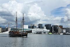 Oslo (Atila Yumusakkaya) Tags: oslo norway oslooperahouse sailing fjord yumusakkaya