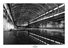 Nitrgeno 1 (Carlos Lorite Martnez) Tags: blancoynegro arquitectura industrial foto asturias ruinas reflejo fotografa patrimonio langreo nitrgeno conservacin nitrastur carlosloritefotografia