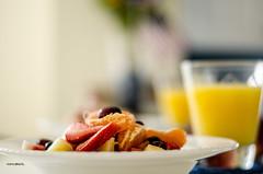 Breakfast! (BGDL) Tags: kitchen breakfast florida freshfruit freshorange lakewoodranch farmproduce nikond7000 ourdailychallenge bgdl nikkor50mm118g elementsorganizer11