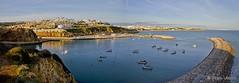 Vista da entrada da barra de Albufeira (Bruno Lázaro) Tags: ocean city sea cidade panorama portugal water azul canon boats mar agua barcos hill panoramica 7d monte farol algarve barra albufeira oceano farolim ilustrar ilustrarportugal