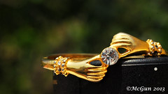 Diamond Vs Lenses (McGun) Tags: woman love sunday boredom diamond bracelet tamron 90mm notreal tamron90mm tamron90mmmacrolens mar31 tamronspaf90mmf28dimacro tamronsp90mmf2811macro