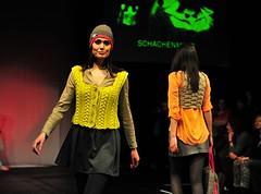 Knitting.The Art I love (sifis) Tags: show winter art fashion germany sweater nikon knitting pattern fair yarn vest trade koln pullover 2470 handarbeit sakalak pullver