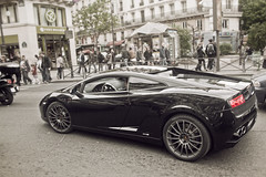 Lamborghini murcilago (Juanedc) Tags: auto city blackandwhite bw paris france primavera blancoynegro car ciudad bn coche fr lamborghini francia murcielago isladefrancia