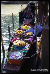 Fruit seller - Floating Market (Uccio81) Tags: fruit thailand dc market sony floating sigma ob 18200 seller fotocamera 3563 uccio81 dslra580